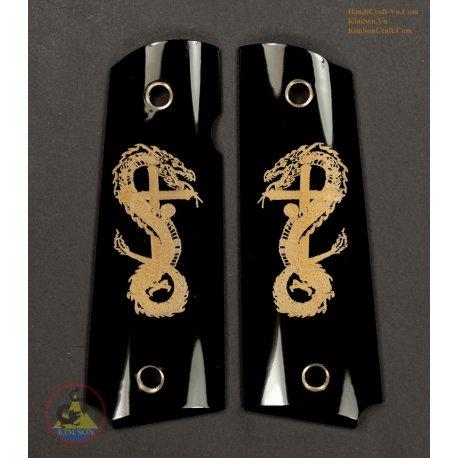 1911 a 1 poignées de corne de buffle noir véritable - tatouage gravé croisent Dragon