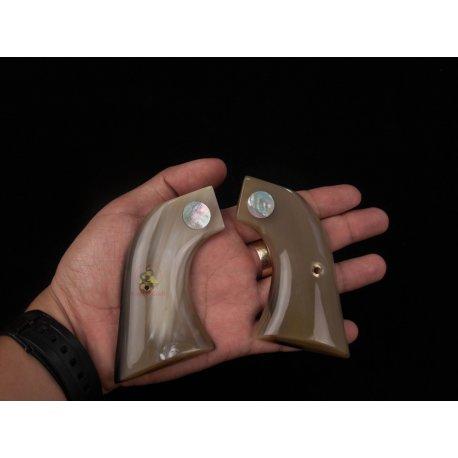 Revolver Ruger Grips - corne de buffle d'eau vive avec la véritable mère de perle